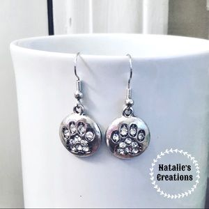 🐾Rhinestone Paw Print Earrings🐾